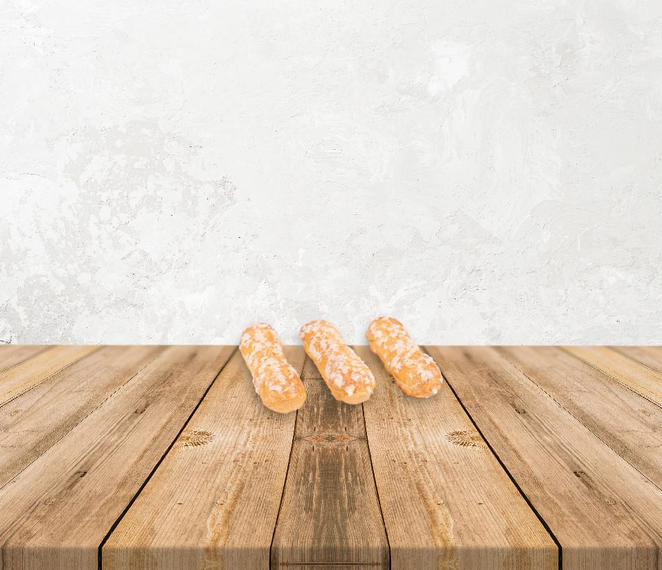 slomka-ptysiowa-stol